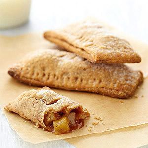 Recipes Cooking caramel-apple-pocket-pies-RU173728-ss