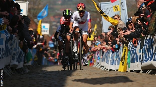 Lizzie Armitstead loses lead as Borghini wins Tour ofFlanders